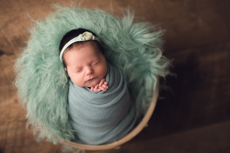 houston baby pictures teal newborn set up